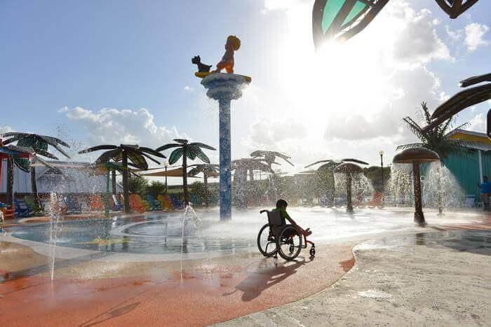 Pque Aquatico 3 - Primeiro parque aquático do Mundo para pessoas com deficiência abre finalmente