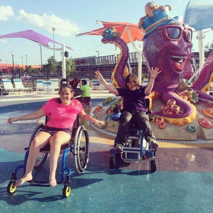 Pque Aquatico 7 - Primeiro parque aquático do Mundo para pessoas com deficiência abre finalmente