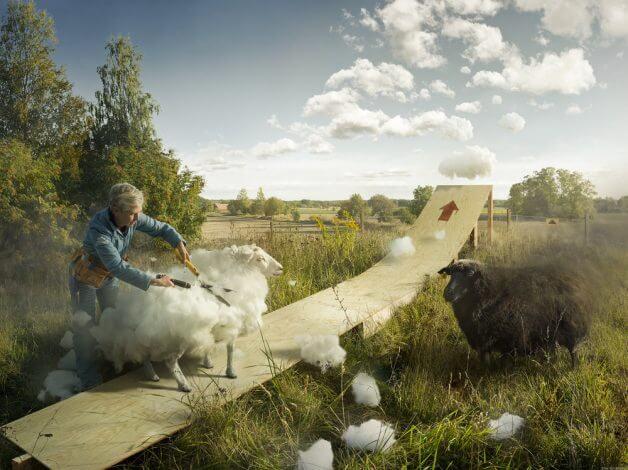 cloud erikjohansson final e1496265345270 6 - Fotógrafo faz uma obra de arte incrível com uma sequência de fotos, simulando a lua cheia sendo trocada