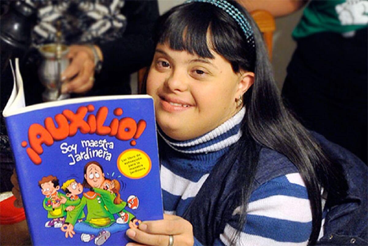 down teacher 4 - Conheça Noelia, a primeira professora com síndrome de Down que superou preconceitos e conquistou a aprovação de todos os alunos