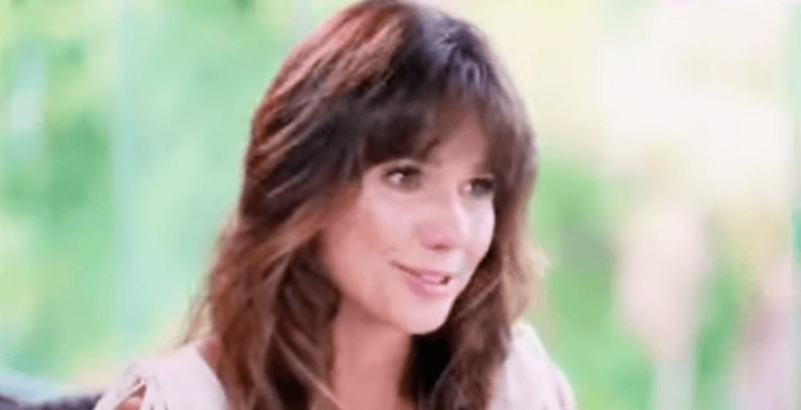 """Paula Fernandes e a depressão - A sertaneja Paula Fernandes fala sobre sua depressão no Fantástico: """"Achei que ia morrer"""""""