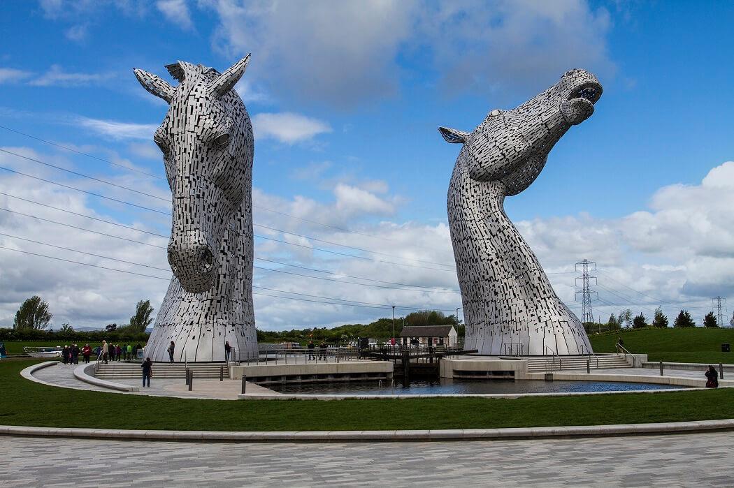 esc 5 - Belíssima escultura The Kelpies com 30 metros de altura impressiona!