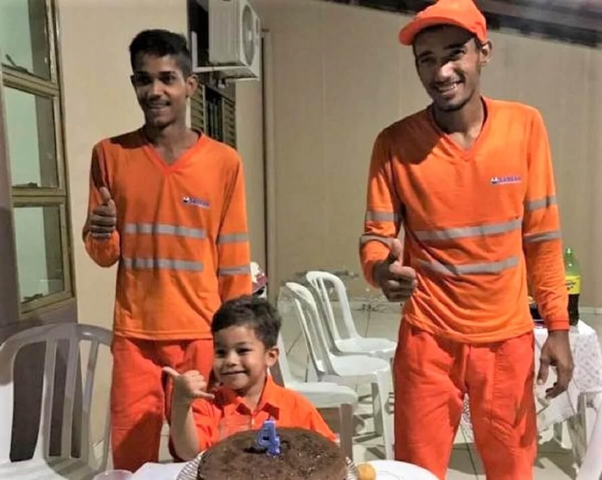 Festa com garis 2 - Garoto comemorou seu aniversário de 4 anos com seus amigos garis em Rondonópolis (MT)