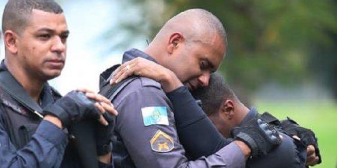 Policiais vão para guerra choram morrem... mas a sociedade não se indigna RADAR DF 660x330 - Suicídio provoca mais mortes de policiais do que em combates, indica relatório