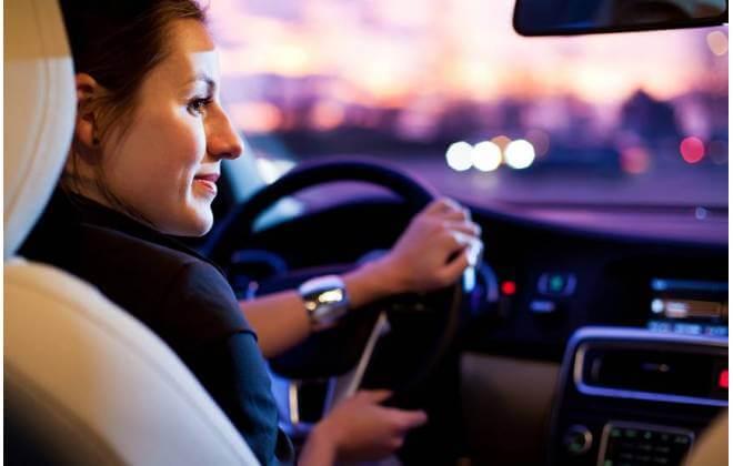 ubermulher - Uber permitirá que suas motoristas mulheres conduzam apenas PASSAGEIRAS