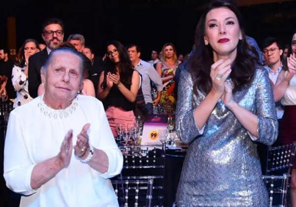 1 - Boechat foi homenageado no Prêmio Comunique-se e família não aguentou de tanta emoção