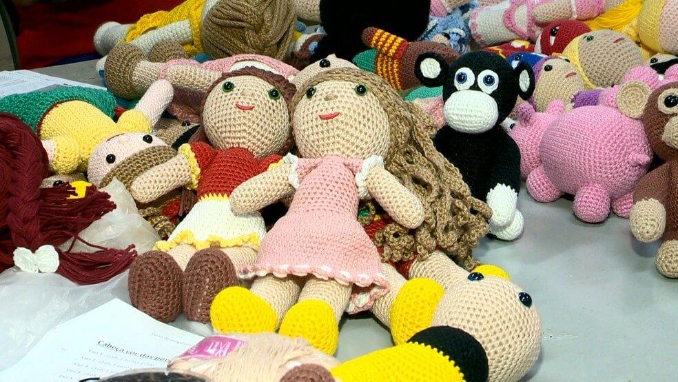 4 - Presos produzem bonecas para crianças com câncer no ES