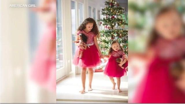 SD 4 - Menininha de 4 anos com síndrome de Down torna-se modelo de campanha de Natal