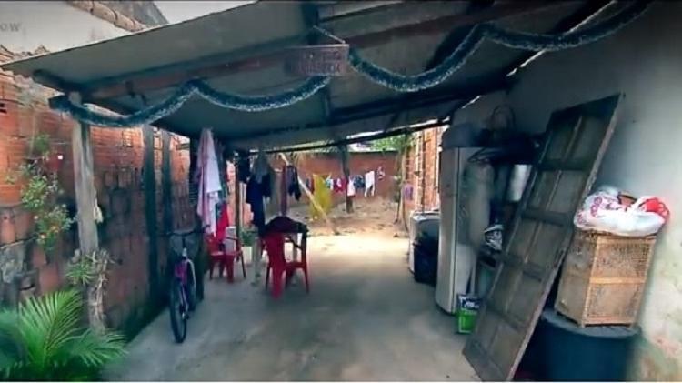 a casa onde cida vive em bairro humilde de itaguai interior do estado do rio 1575224246611 v2 750x421 - Cida, VENCEDORA do BBB 4 revela que PERDEU todo o dinheiro do prêmio