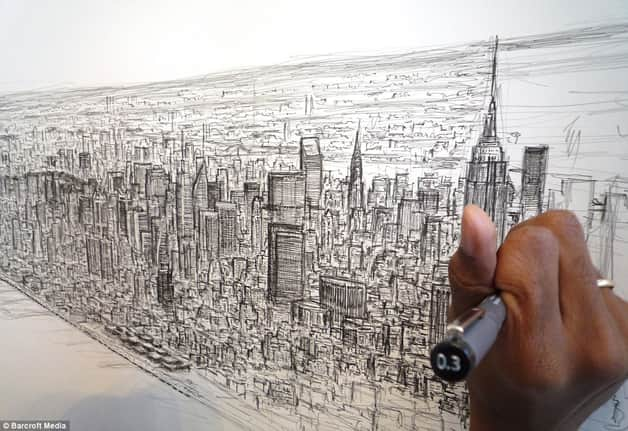 man camera7b - Após sobrevoar a cidade por 20 minutos o rapaz autista memorizou e desenhou NY