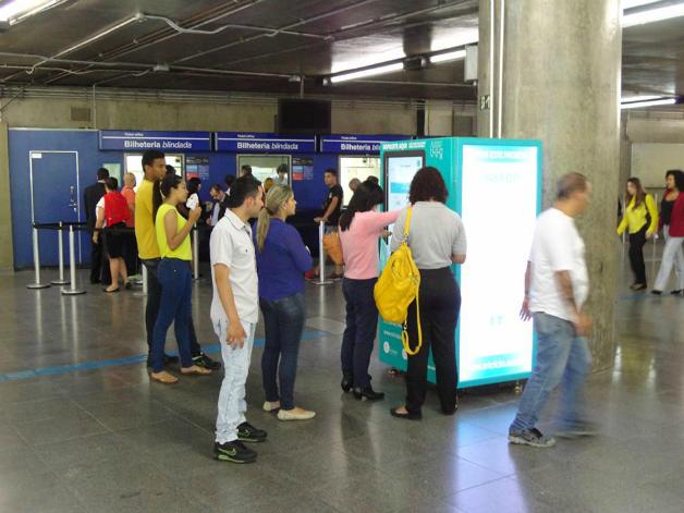 4 - São Paulo dá início a projeto que troca garrafa pet por crédito em transporte público