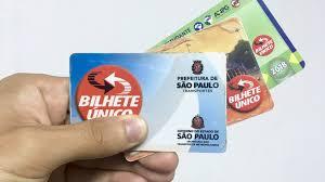 Bilhete único - São Paulo dá início a projeto que troca garrafa pet por crédito em transporte público