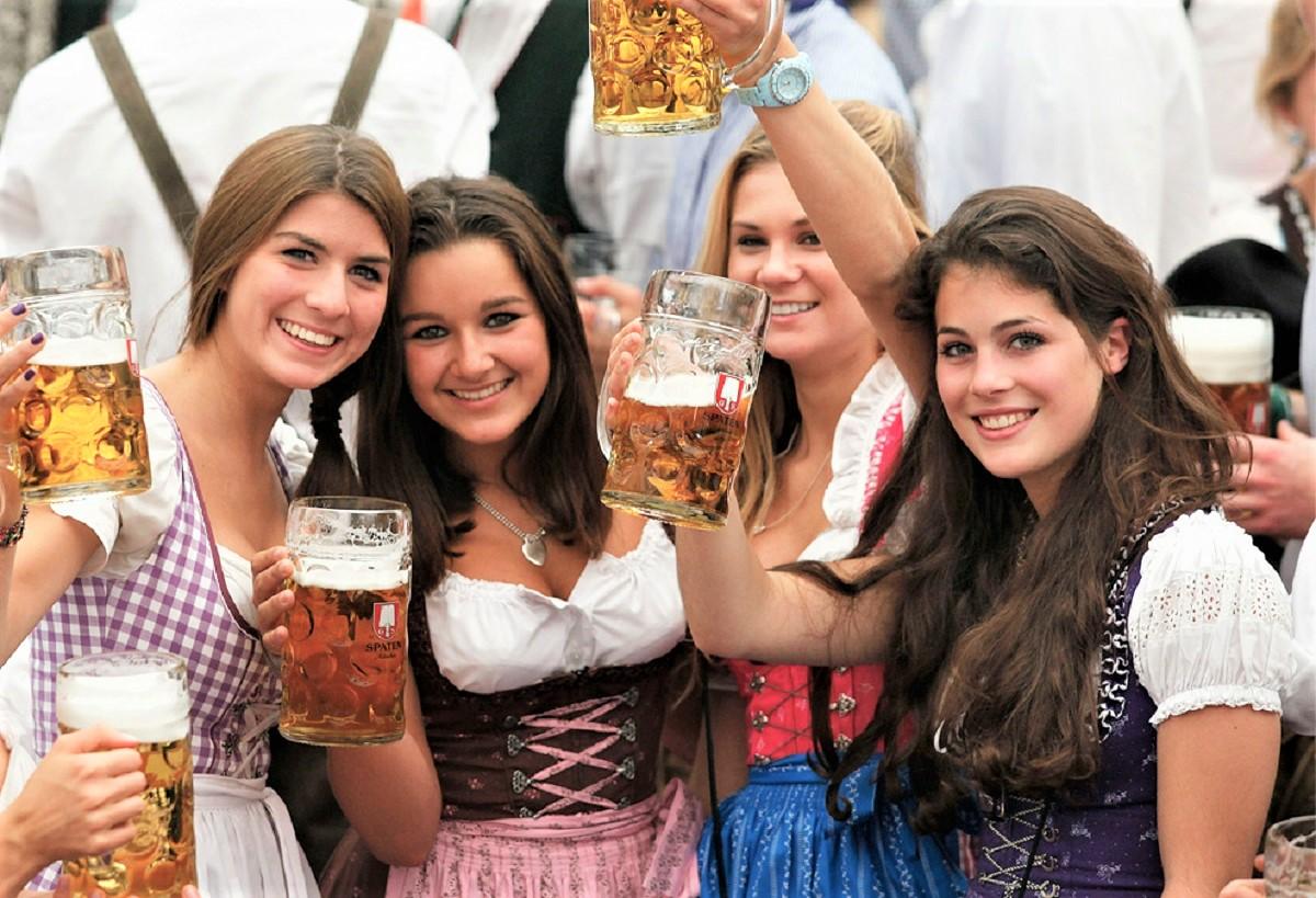 beber cerveja 1 - Tomar cerveja diminui as rugas mais que os cremes - Dra Pilar Codoñer Franch