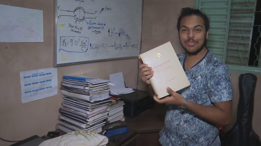 c0600 g bddf limpo 24012020 frame 212912 - Estudante vendia brigadeiro para pagar cursinho e consegue ser aprovado em medicina na UnB