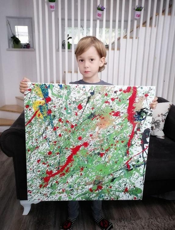 """10 2 - Pai postou com orgulho: """"Meu filho tem Autismo e se expressa através da pintura, e eis aqui algumas obras de arte dele""""."""