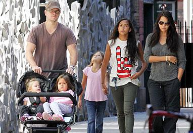 Matt Damon e suas 5 mulheres - A linda história de amor de Matt Damon e Luciana.