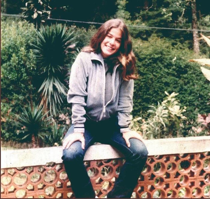 """paula toller - Paula Toller postou foto quando tinha 18 anos e deixa a web espantada """"foi congelada"""""""