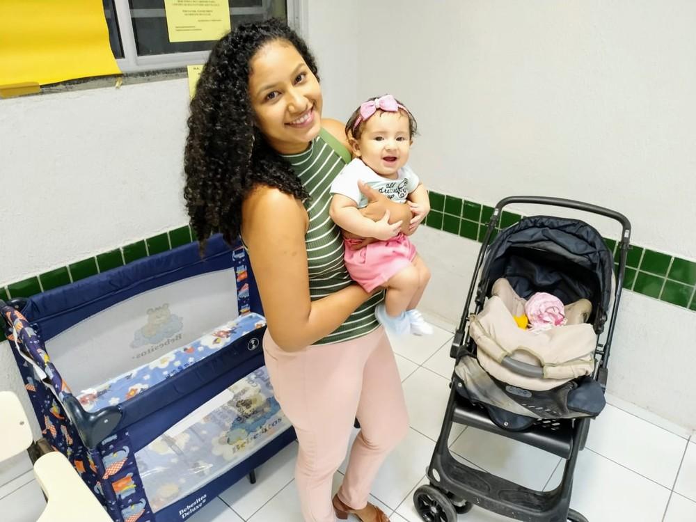 vquinha bercario - Alunos montaram berçário na sala de aula para pais cuidarem de suas crianças durante o curso de PÓS no Ceará