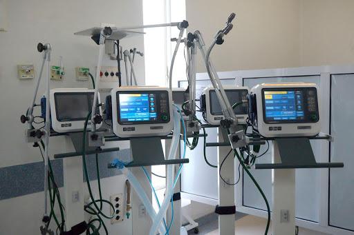 Respirador artificial - Elon Musk, doa 1.255 respiradores artificiais para hospitais conseguirem salvar mais vidas