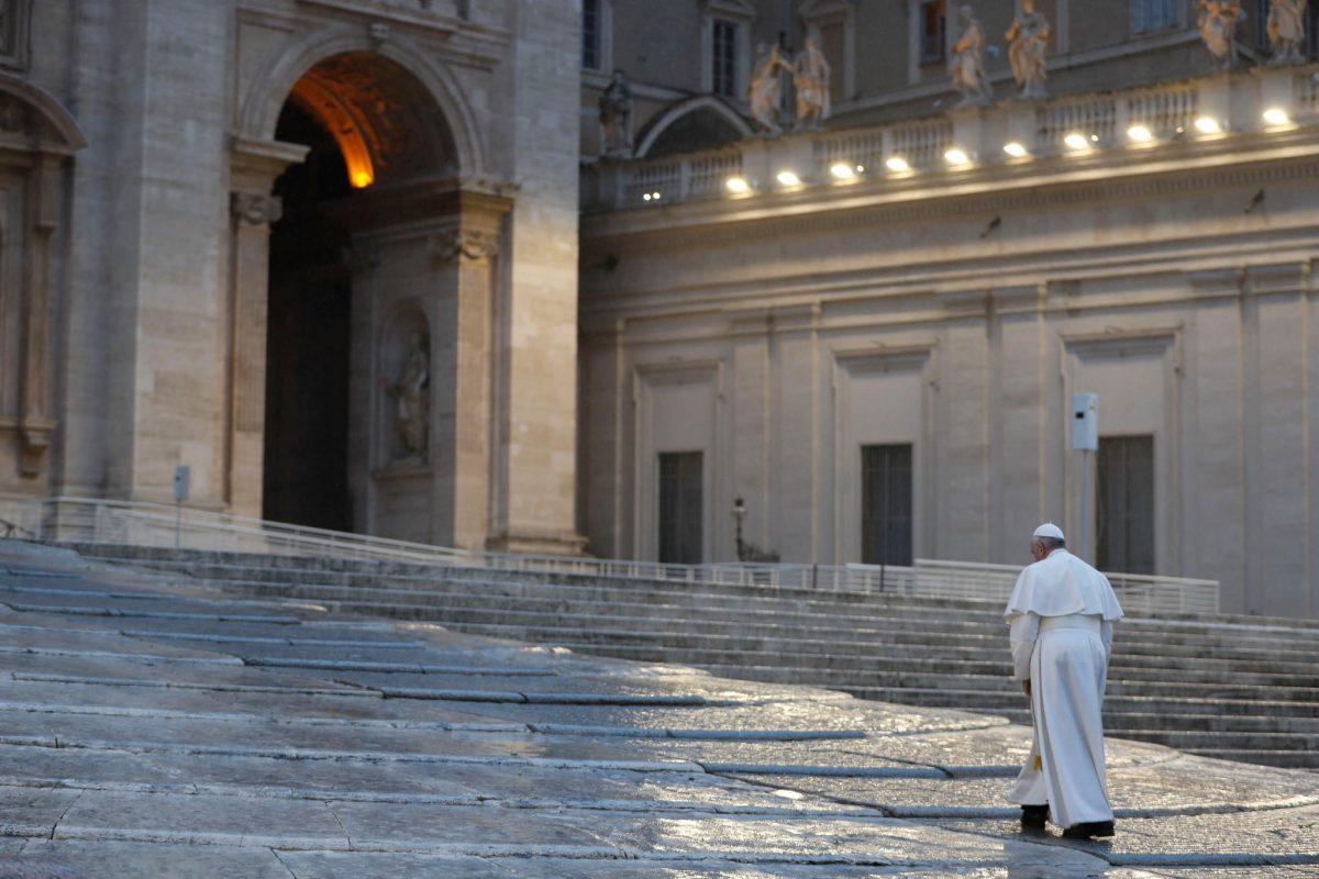 b 2 1 scaled - Vaticano decreta perdão total dos pecados de pessoas com Covid-19