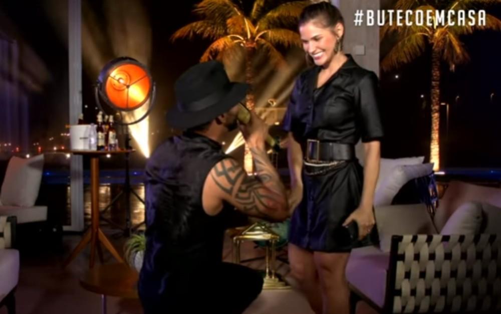 gusttavo 4 - Gusttavo Lima fez show em sua casa e transmitiu pela web devido a quarentena e consegue mais de 10 milhões de visualizações