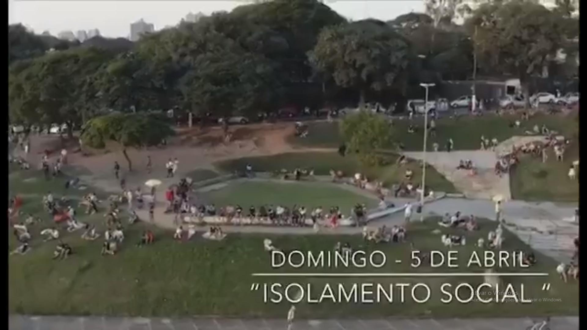Praça Por do Sol dia 05 de abril 3 - Quarentena: Drone regista imagens da praça do Pôr do Sol na capital de SP e aparece LOTADA DE PESSOAS