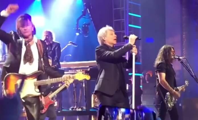 bon jovi rock hall 2018 - Bon Jovi fará show especial para comemorar o Dia das Mães e o coração já começa a acelerar aqui…