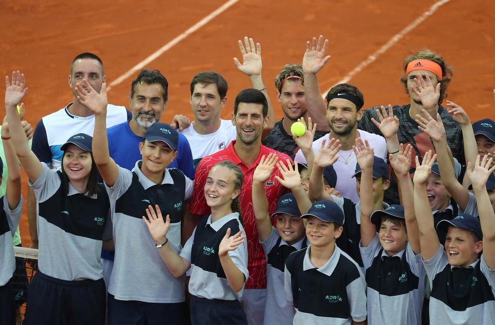 2020 06 12t171001z 2111904498 rc2t7h9v8vni rtrmadp 3 tennis serbia djokovic - Tenista número 1 Djokovic contrai covid-19 após promover torneios de tênis com participação do público