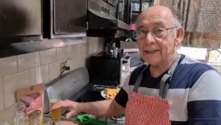 Youtube Tito Charly 2 - Vovô mexicano que perdeu o emprego se reinventa lançando canal de culinária no YouTube.