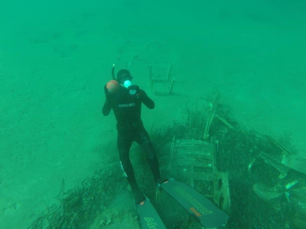 mascherine mare3 1024x768 1 - Brevemente no Mediterrâneo terá  mais máscaras e luvas do que águas-vivas: tristes imagens do fundo do mar da Riviera Francesa.