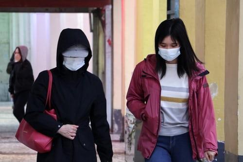 2 Agência de Fotografia de Macau - Usar máscaras durante a pandemia é um sinal de respeito mútuo. É como dizer: todo mundo importa