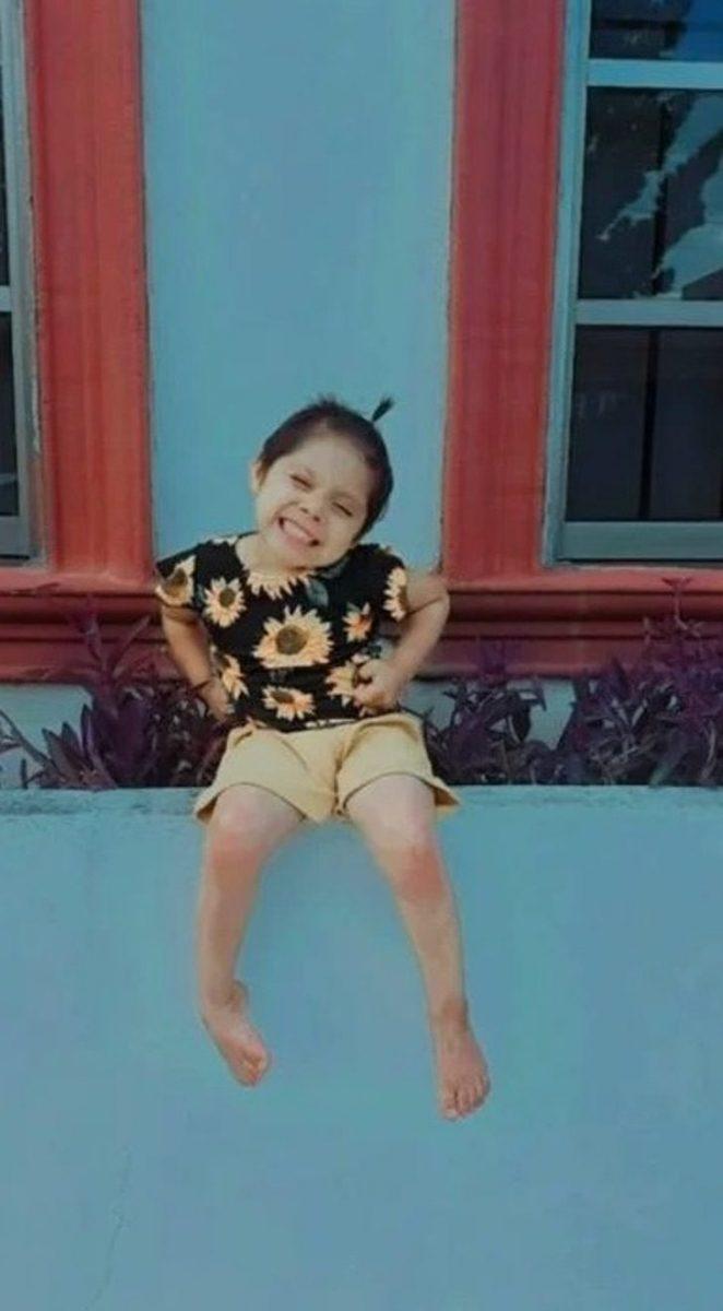 Captura de Pantalla 2020 08 14 a las 15.54.51 scaled - Uma menina de 3 anos vende plantas para pagar seu tratamento de leucemia. Cada venda é uma alegria