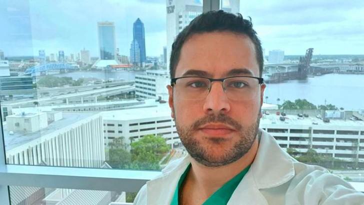 """Facebook - Médico que lutou contra a Covid-19 e faleceu deixa uma mensagem emocionante: """"Fui infectado fazendo o que amo, faria de novo"""""""