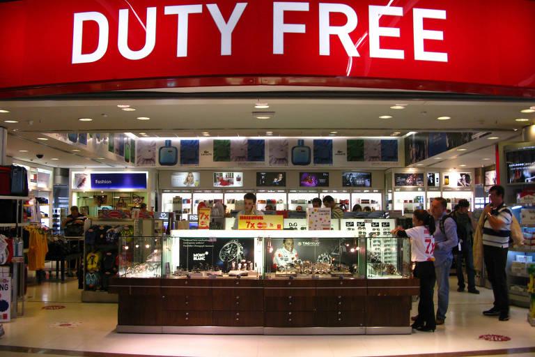 duty free - O bilionário Charles Feeney conclui seu sonho de doar sua fortuna de U$ 8 bilhões