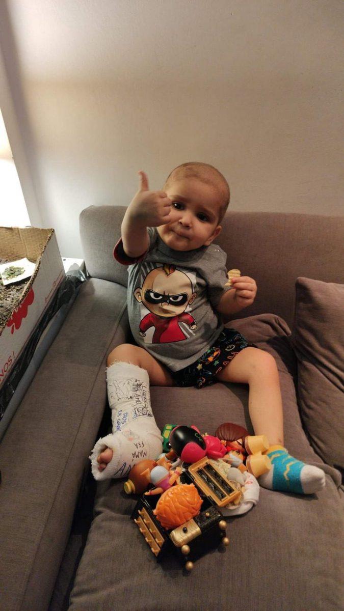 JFHIKLHR25B4ZOR7QXTBLNKYLE 1 scaled - O sorriso de quem venceu a leucemia e a COVID-19