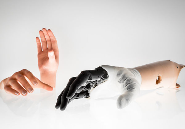 mao humana2 - Pesquisadores da Itália constroem mão biônica muito parecida com a mão humana