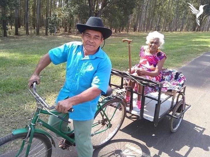 124711245 189949225939577 2789934490063254381 n - Idoso adapta uma bicicleta para andar todos os dias com sua esposa. Um verdadeiro cavalheiro!