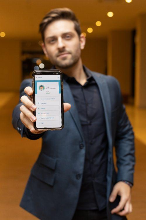 """2 - Uma Startup brasileira criou o """"UBER"""" da saúde, bem mais barato que o tradicional Convênio Médido"""