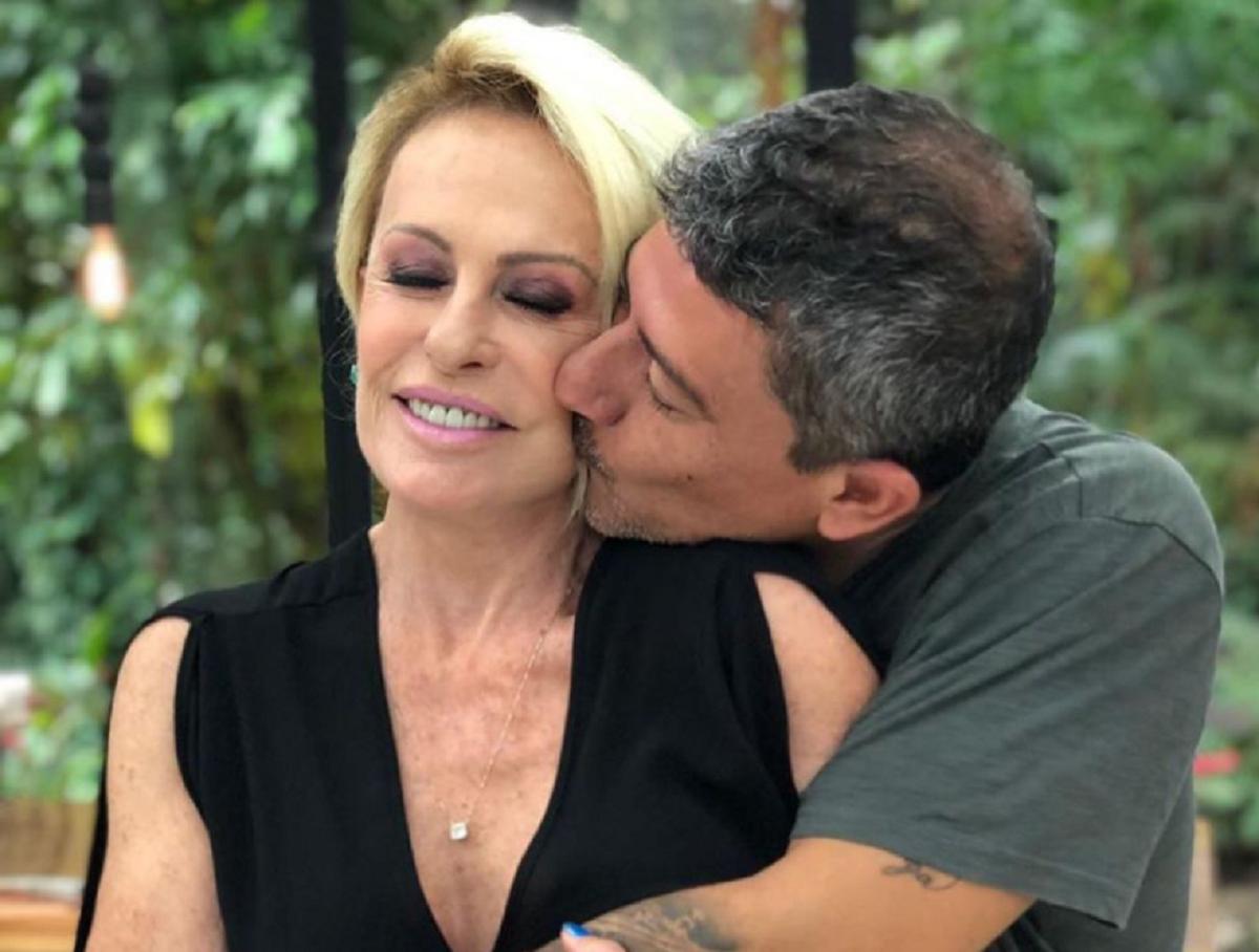 Ana Maria Bragaa - Morre Ator Tom Veiga, ele interpretava o LOURO JOSÉ, em programa de Ana Maria Braga