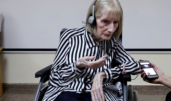 """Captura de Pantalla 2020 11 10 a las 11.08.59 - Bailarina com Alzheimer desperta ao ouvir """"O Lago dos Cisnes"""""""