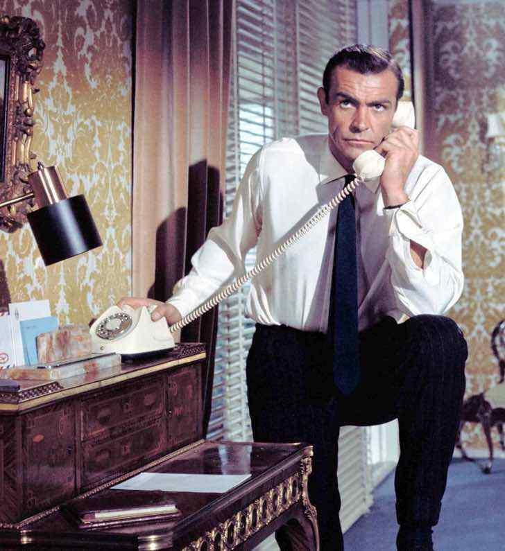 """jamesbond sean connery pierce brosnan infancia0001 - """"Você foi meu melhor James Bond"""": Pierce Brosnan prestou uma bela homenagem a Sean Connery após sua partida"""