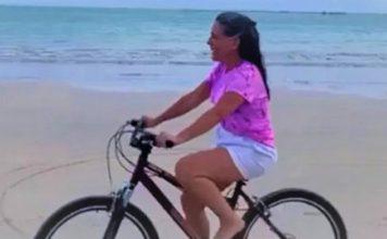 aos 57 anos gloria pires da o primeiro passeio de bicicleta da vida nunca e tarde 1283415 356x220 - Início