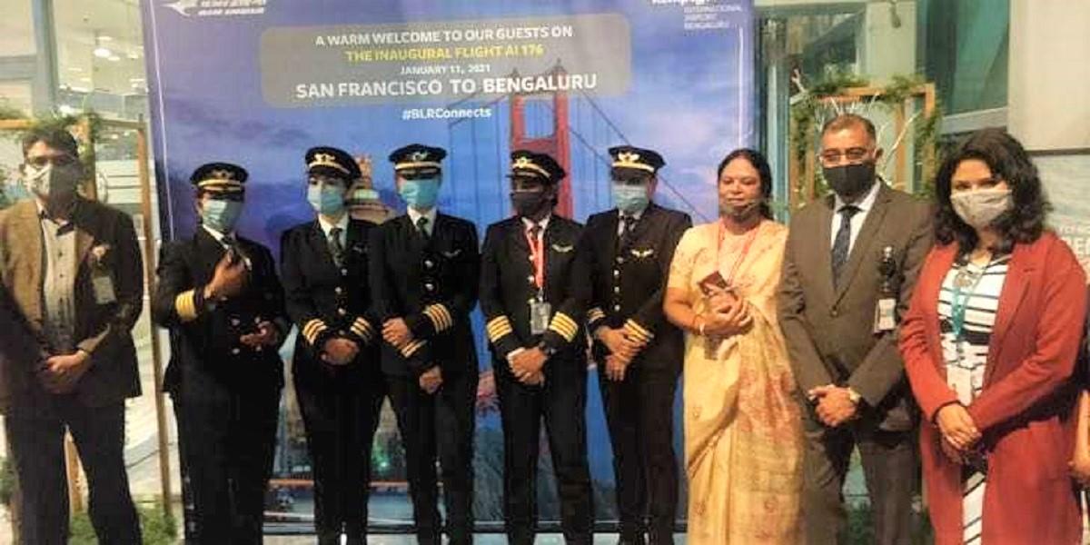 2 5 - Mulheres pilotaram o voo comercial mais longo da Índia. Foram 17 horas de viagem sem parar