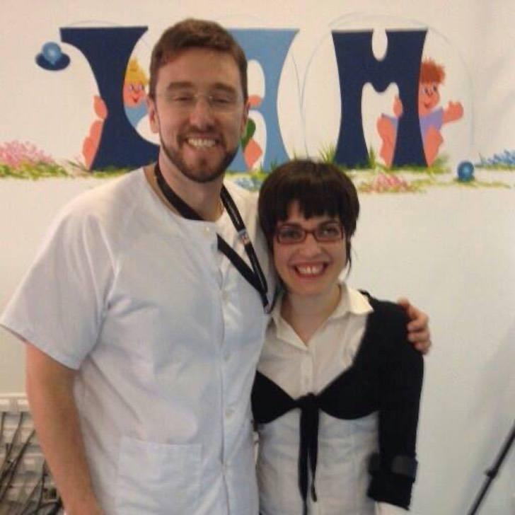 Sergio Lerma y Claudia Tecglen - A mulher que nasceu com paralisia cerebral torna-se psicóloga e empresária. Superou suas barreiras!
