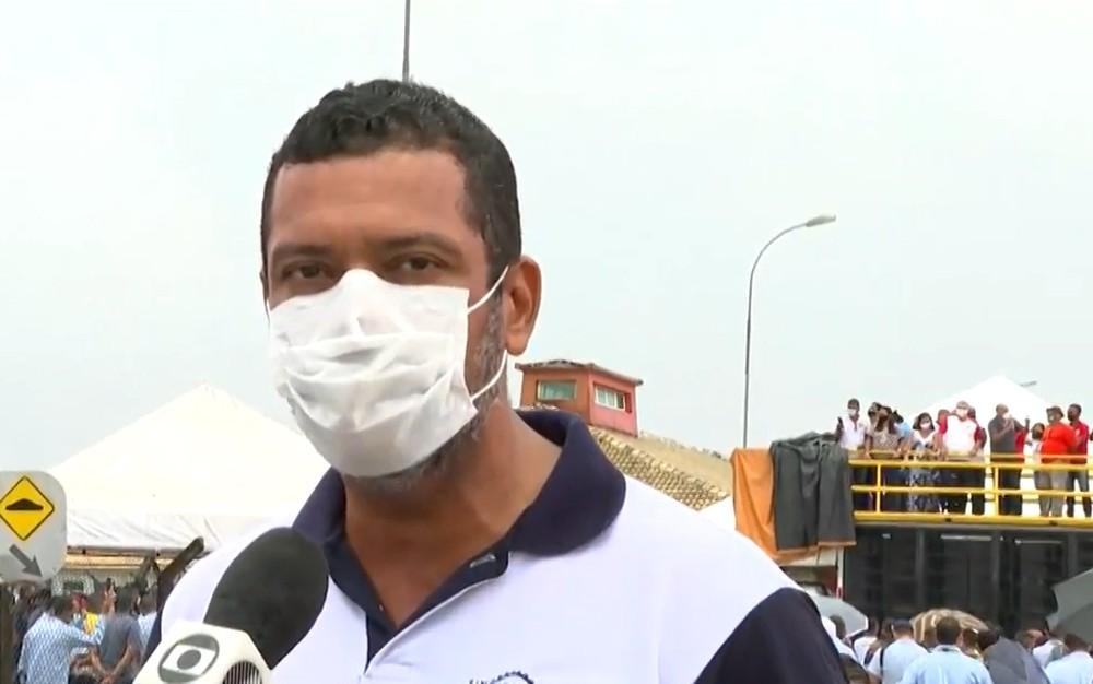 """ford julio bonfim - Funcionários da Ford na Bahia estão sofrendo com o fechamento da fábrica: """"É triste""""."""