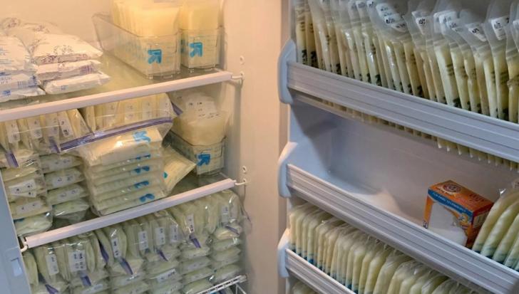 1 1 - Mulher doa mais de 234 litros de leite materno para mães que têm dificuldade de produzir seu próprio leite.