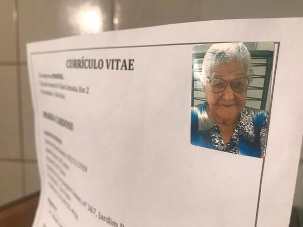 """2 2 - Idosa de 101 anos enviou seu currículo para empresa e caso viralizou na Web: """"Eu quero trabalhar para comprar meus vinhos"""""""