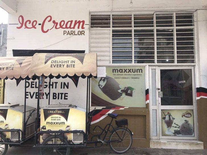 ridiculizaron vender helados tras graduarse luego tapo bocas abriendo propia tienda 2 - Ridicularizado por vender sorvete após a formatura Salim é um exemplo de superação