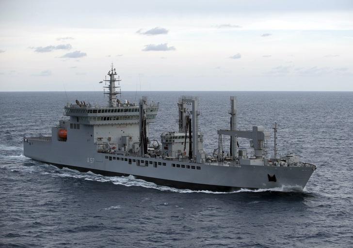2 10 - Pela primeira vez em 23 anos, a Marinha da Índia envia quatro mulheres para navios de guerra!