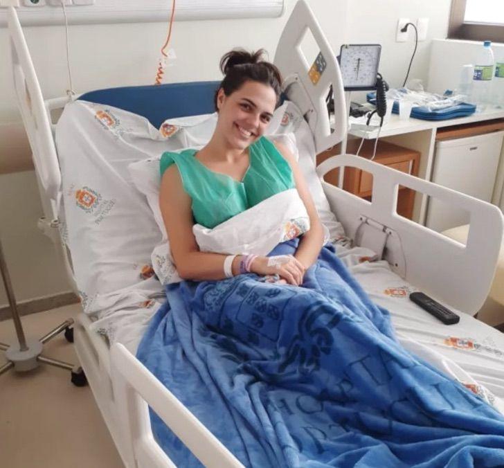 2 3 - A jovem brasileira viajou mais de 2.000 quilômetros para doar medula óssea. A vida dependia dela